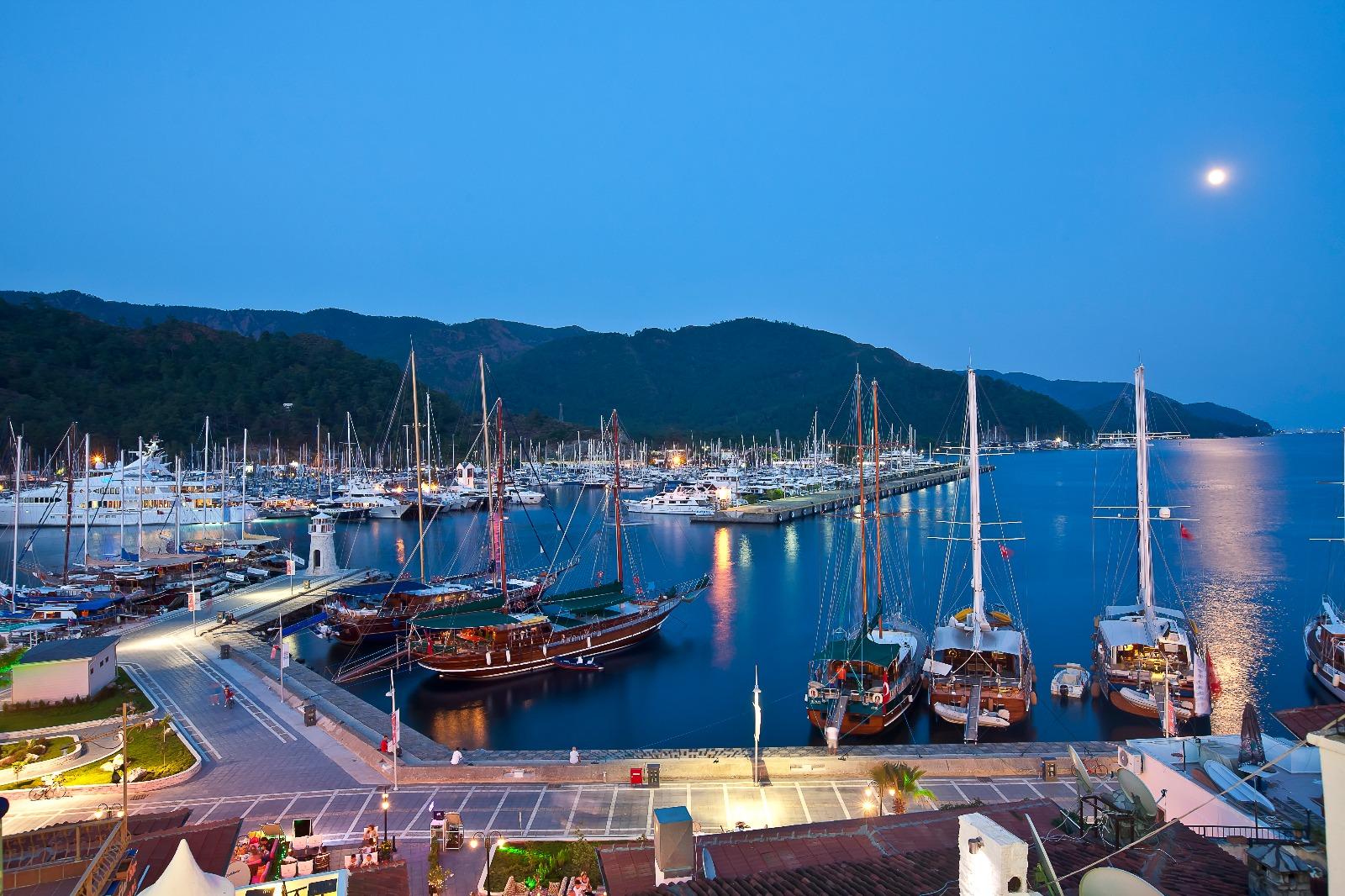 Yat Turizminde doluluk yüzde yüze ulaştı; yeni marinalar planlanıyor