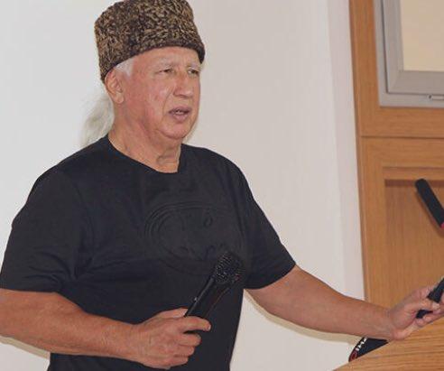 Deprem Uzmanı Prof. Dr. Şener Üşümezsoy: 'Batı'ya doğru bakan elimizin kapalı parmakları açılmakta!'