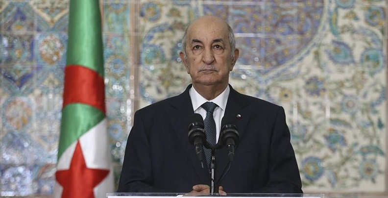 Fransa sömürgecilik döneminde Cezayir' de pekçok insanlık suçu işledi