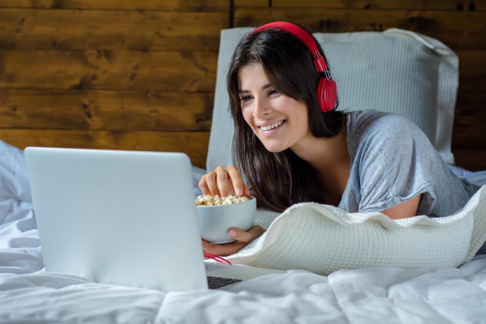 Pandemi döneminde internette geçirilen sürenin ortalaması 10 saati aştı
