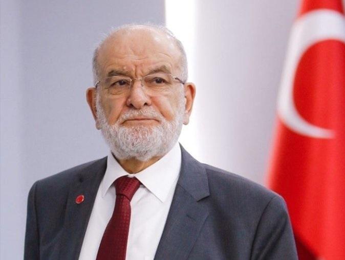 Temel Karamollaoğlu: 'Tasavvuf saraylarda, ihtişamlı binalarda oturarak hayat bulmaz.'