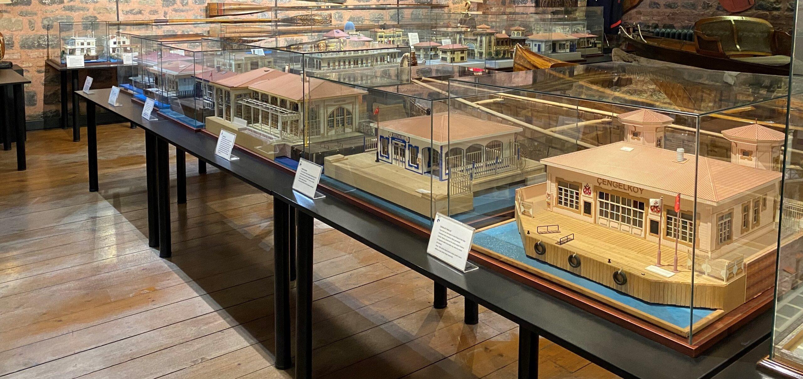 Sarıyer'den Kadıköy'e, Haliç'ten Adalar'a…İstanbul iskeleler Rahmi M. Koç Müzesi'nde