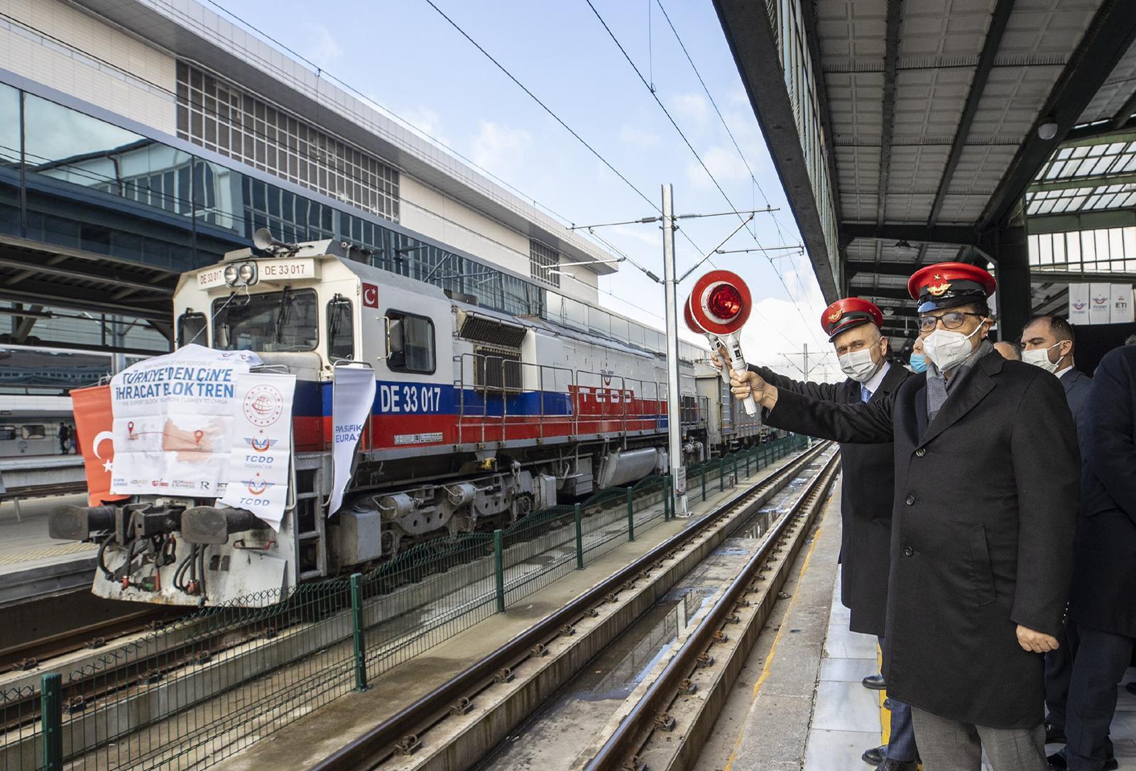 Bor ihracat treni Çin'e doğru yola çıktı!..