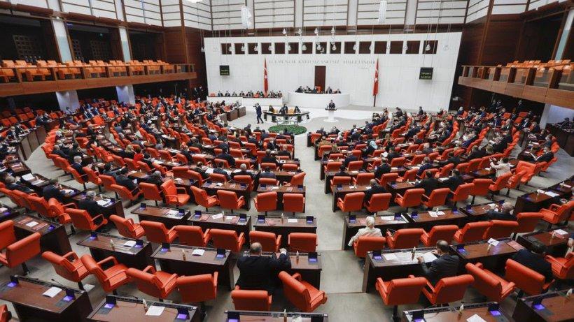 Ekonomiye ilişkin torba kanun teklifi TBMM'de komisyondan geçti