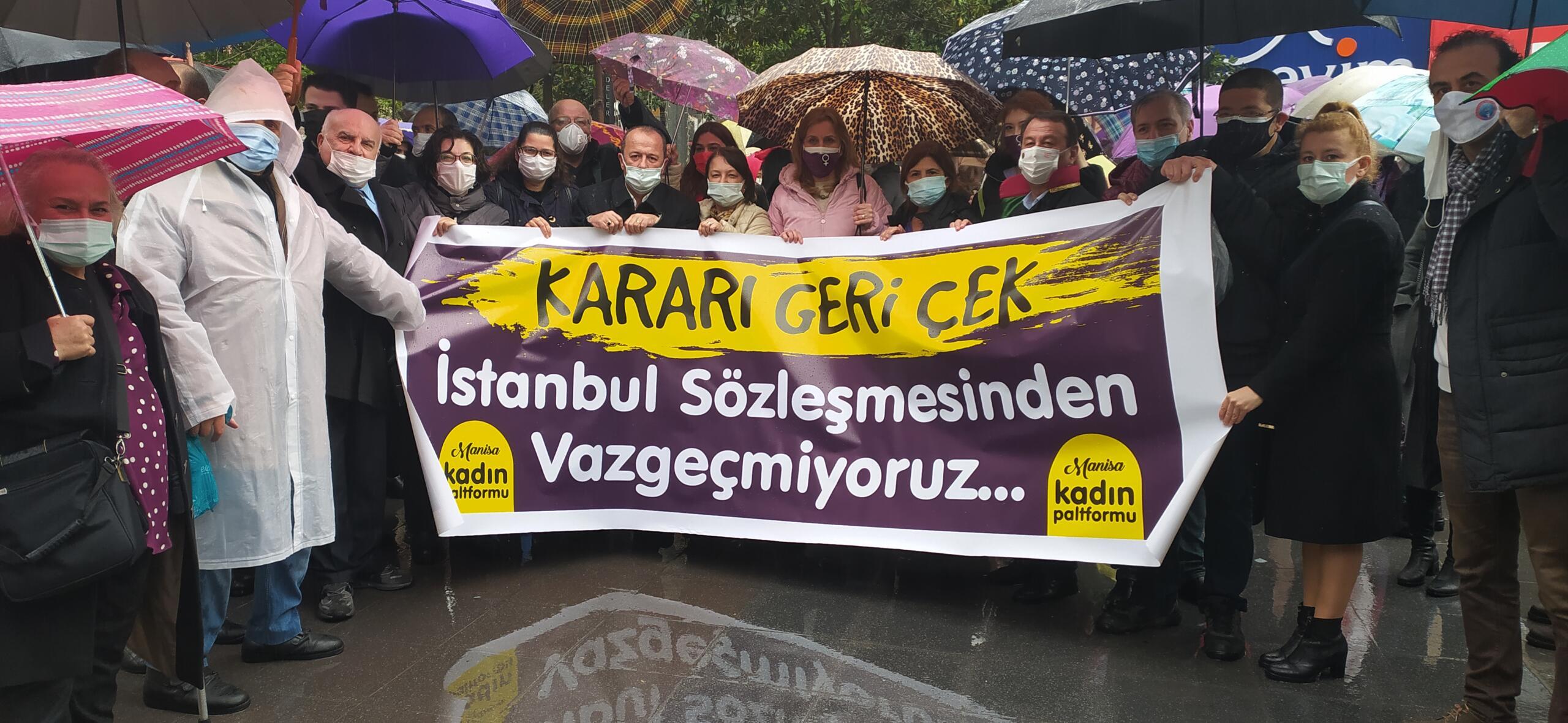 Manisa Kadın Platformu: 'İstanbul Sözleşmesinden vazgeçmiyoruz!'