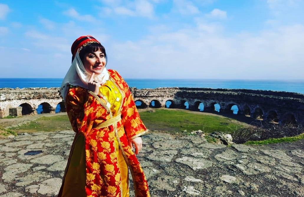 Tarihi Türk Zirvesinde Bir Anadolu Kadını, Çilem Duman