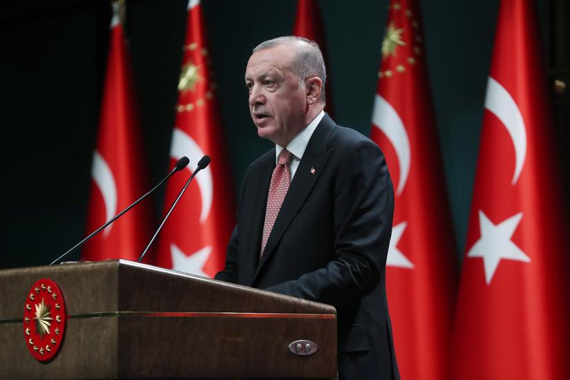 'Tarihte yaşanan acılardan alnı ak, vicdanı müsterih tek millet ve devlet biziz!'