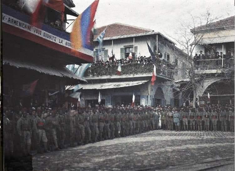 'Ermeni soykırımını iddia edenler bu fotoğraf için ne diyorlar acaba?'