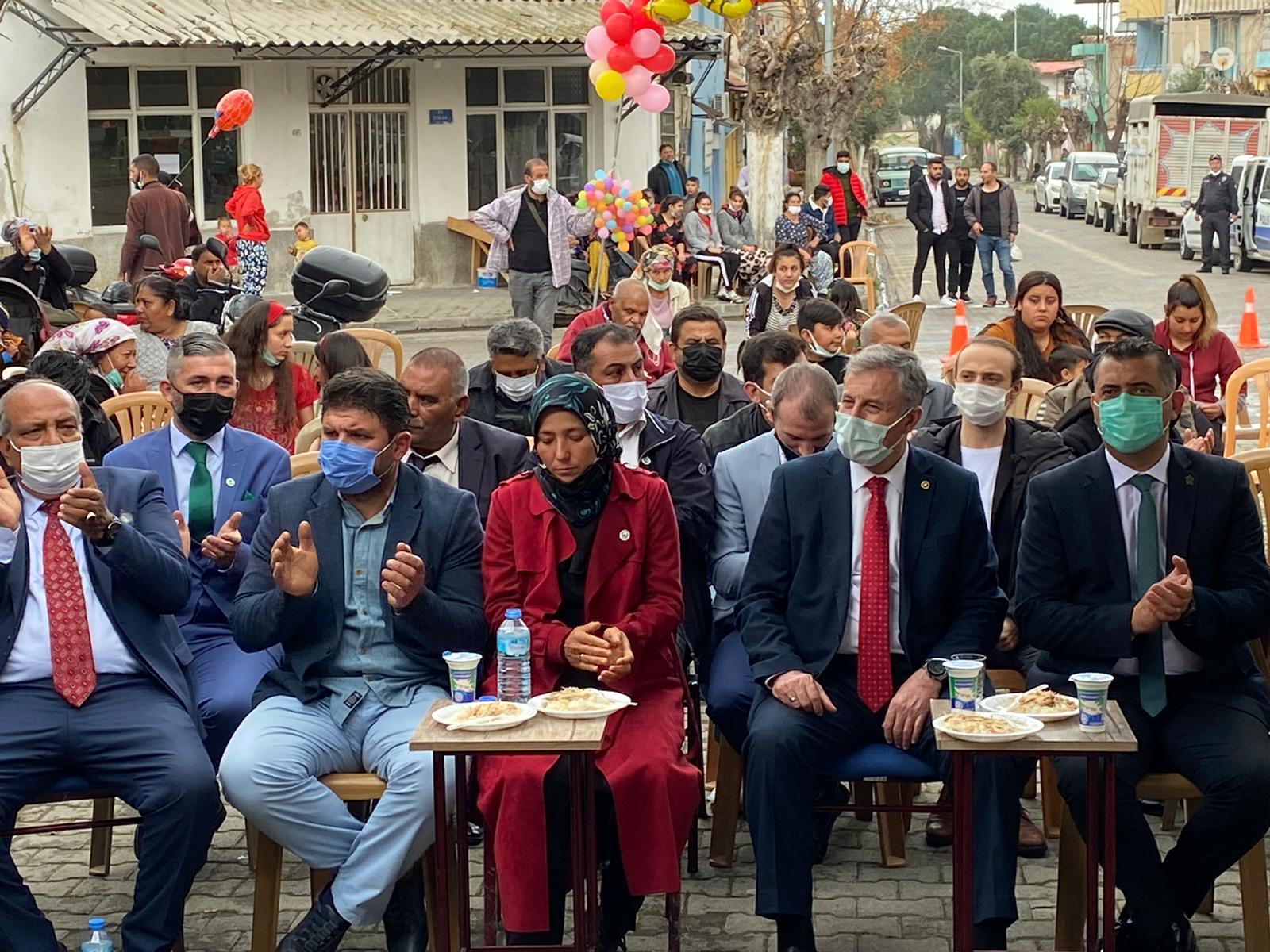 Gelecek Partisi Salihli İlçesi Romanlar Günü vesilesiyle etkinlik düzenledi.