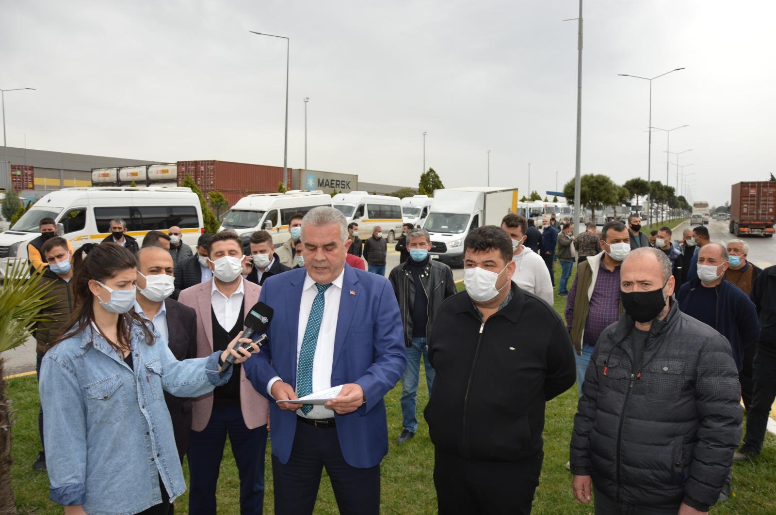 Manisa'da İzmir Ukomesinin aldığı karara tepki
