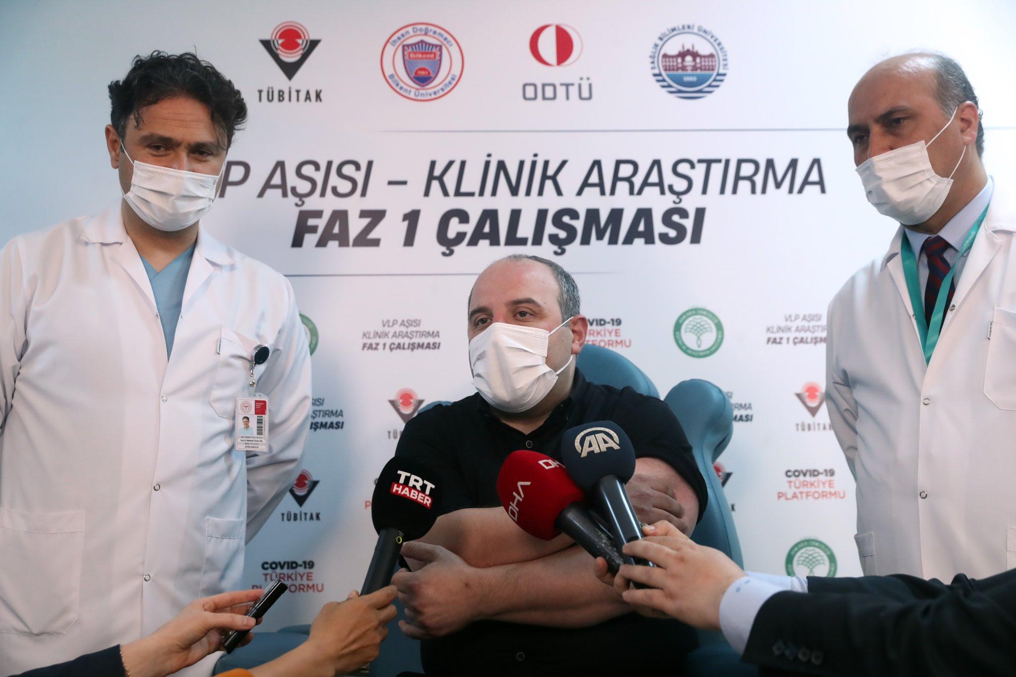 Bakan Varank yerli aşı çalışmalarında faz 1 gönüllüsü oldu