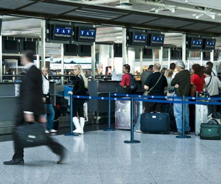 Küresel salgın sürecinde Türkiye' ye gelen turist sayısı yüzde 53,92 azaldı