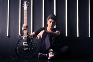 İzmir'li Yalçın Bora Varsay, Amerika'da 2 yeni albüm çıkardı