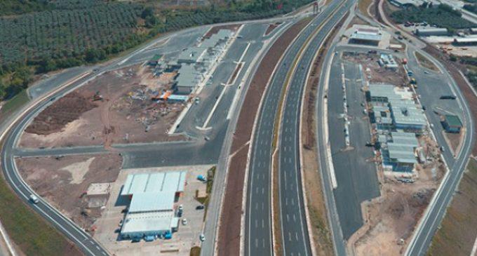 2 bin metresi biten yola 71 bin 950 metrelik ödeme yapılmış
