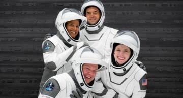 Uzay turistleri yola çıktı!