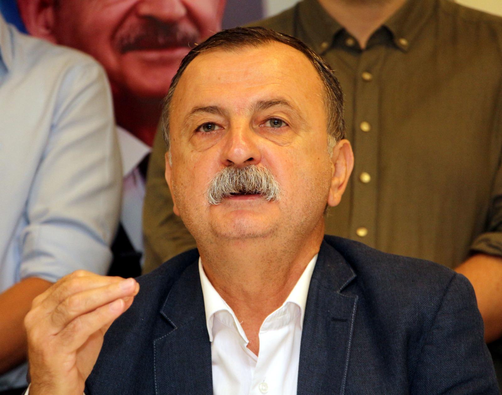 CHP'li Balaban: Öğretmenimize Yapılan Saygısızlığı Kınıyoruz