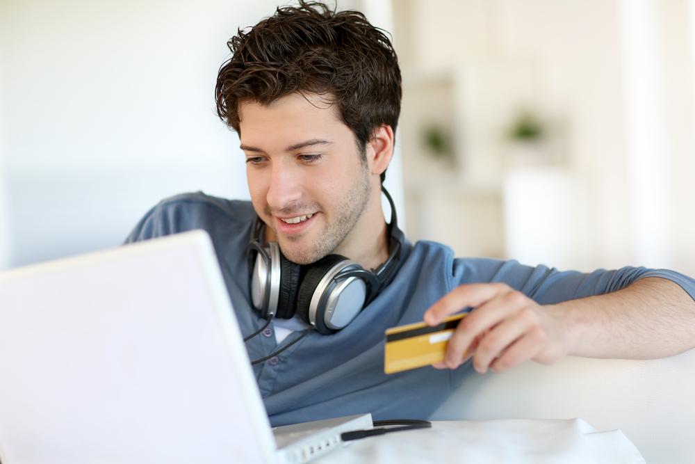Online Alışveriş Tutkusunda Erkekler atakta!
